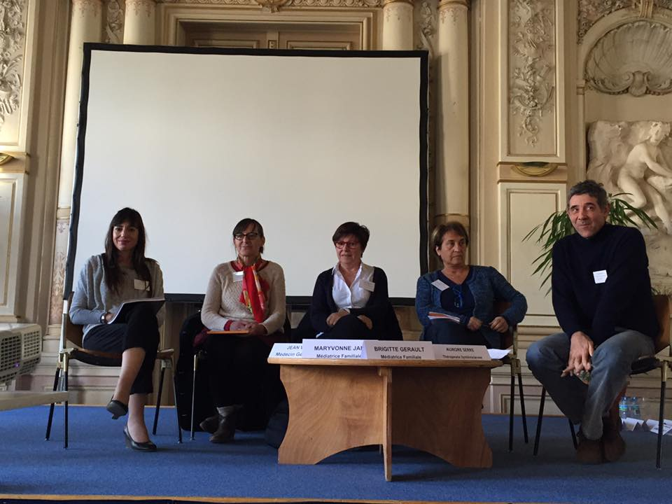 table-ronde-parentalite-avignon